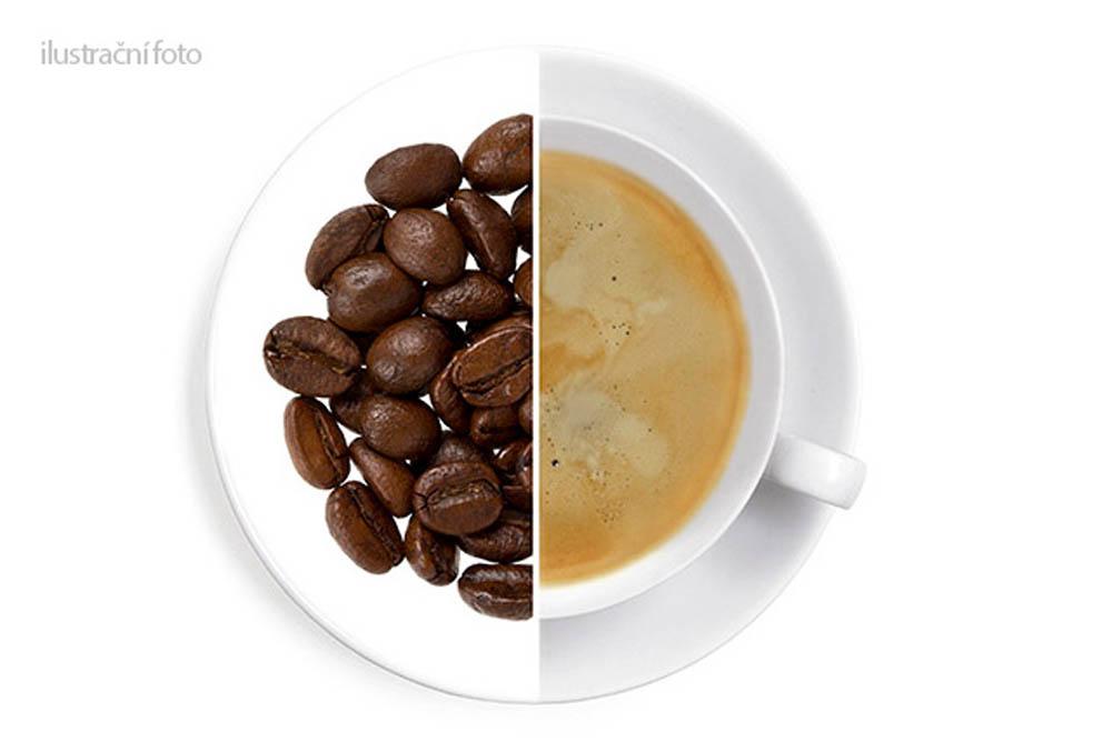 Jablečný závin - 1 kg káva,aromatizovaná